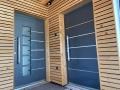 Alu vhodna vrata v kombinaciji z lesom